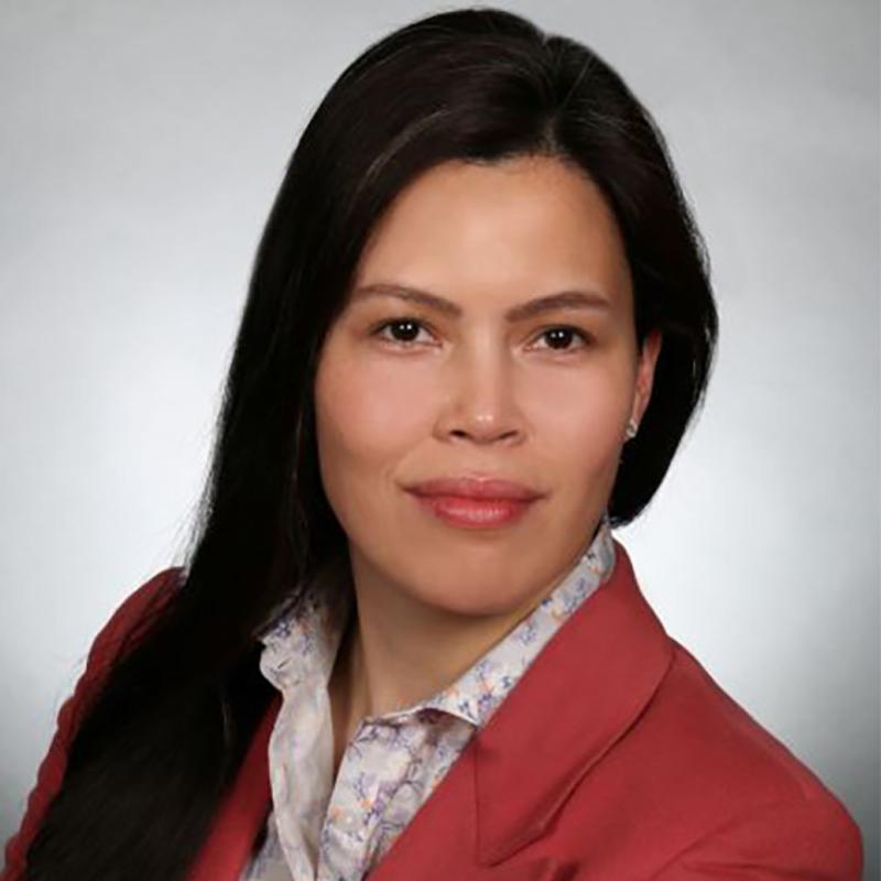 Elaine  Batang